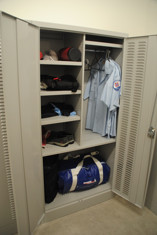Swell Custom Designed Storage Lockers Cabinets Davell Download Free Architecture Designs Fluibritishbridgeorg